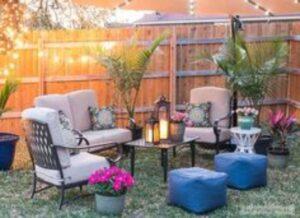 decoratiuni cu plante de exterior, mobilier de curte, perne crem
